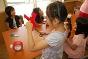 •2013年6月16日八事教会教会学校合同分級-牛乳パックでブーメラン作り6