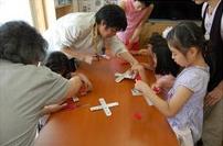 •2013年6月16日八事教会教会学校合同分級-牛乳パックでブーメラン作り2