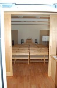 八事教会 2階エレベーター口