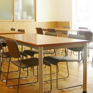 日本キリスト改革派八事教会「聖書の学びと祈りの会」 1階集会室