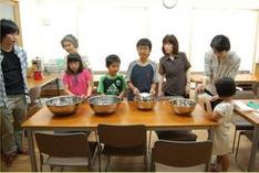 •2013年7月14日八事教会教会学校合同分級-科学手品4